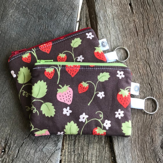 Change Purse | Strawberry Zipper Pouch, Credit Card Holder, Cotton