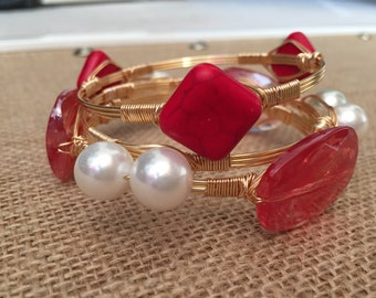 Wire wrapped bangle, Wire wrapped red and white bracelet set, Set of 3 wire bangles, stackable bracelets, Georgia bulldogs bangles.