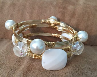 Wire wrapped bracelets, Wire wrapped white bangles, Set of 3 stack  bangles. Wire wrapped bangles