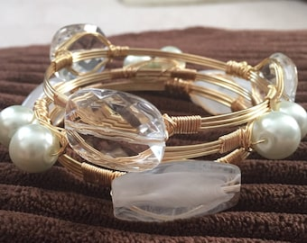 Wire wrap bangles, Stackable wire bangles, Set of 3 white bangles, Stackable  bracelets, white and clear bangles.
