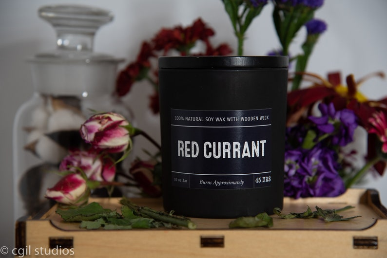 Red Currant Soy Wax Coconut Wax  Candle with wood wick all image 0