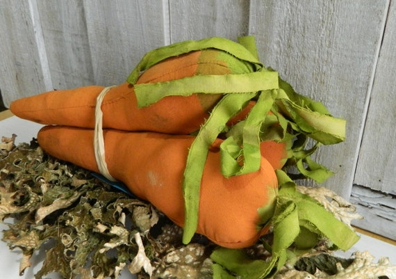 Set of 3 primitive stuffed fabric carrots, Fall Halloween Thanksgiving rustic home decor country decor rustic fall bowl fillers shelf sitter