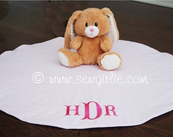 Personalized Monogrammed Baby Tummy Time Play Mat/Baby Gift/Monogrammed Baby Gift/Play Mat/Infant Photo Prop/Infant Play Mat