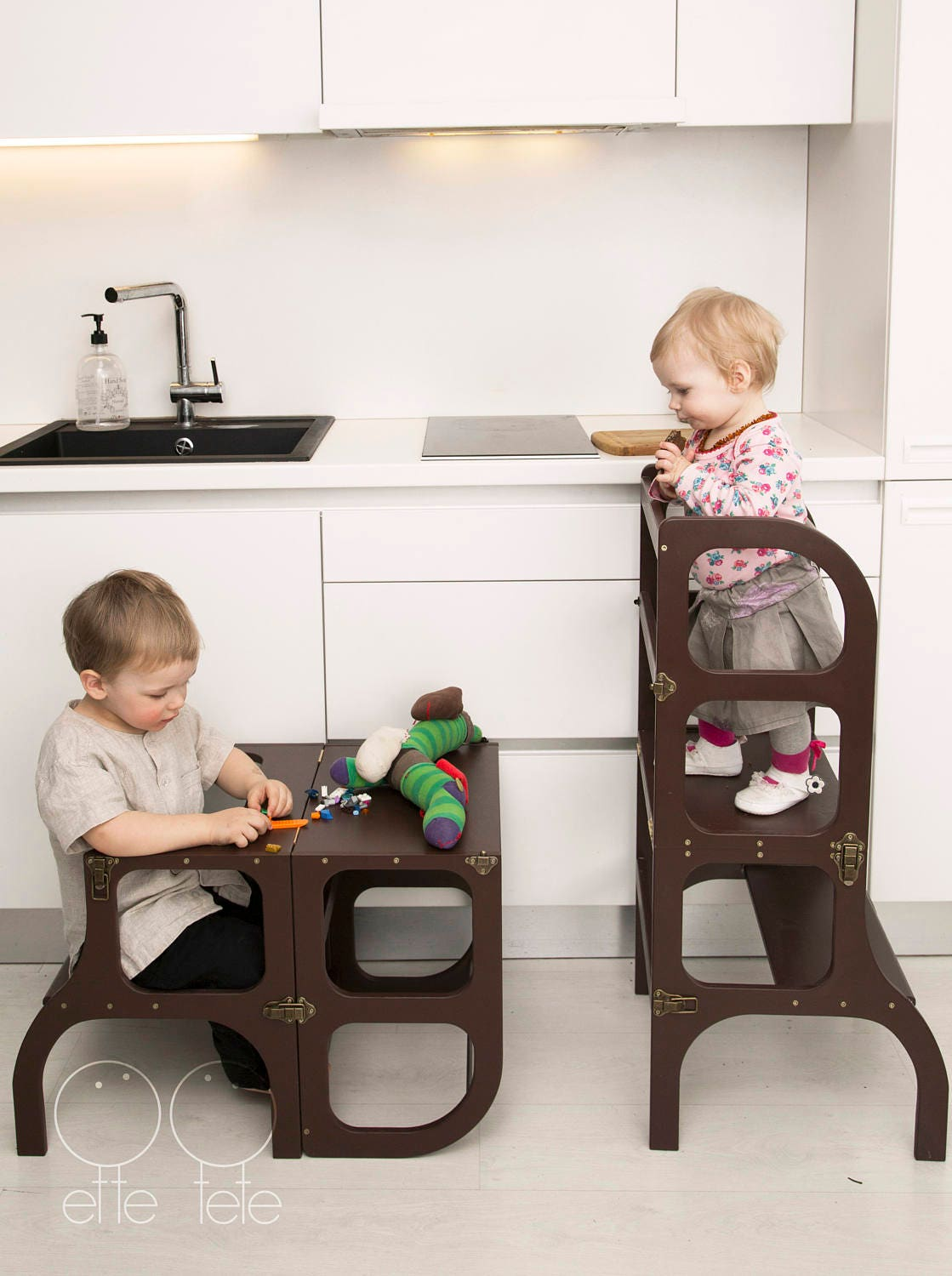 Helper tower / table / chair all-in-one