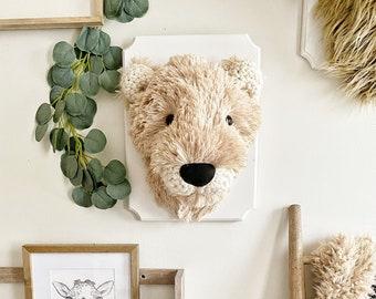 Lioness Wall Mount - Mama Lion ClaraLoo