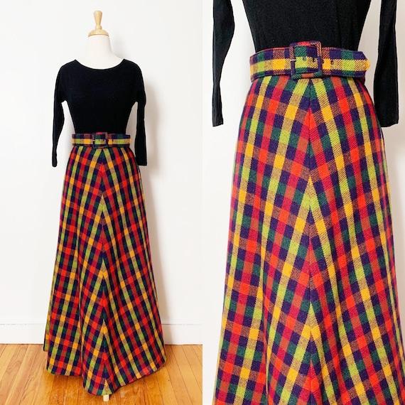 1970s / 70s Vintage Plaid Wool A-Line Maxi Skirt w