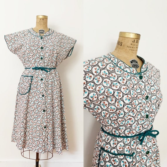 1940s / 40s Vintage Cotton Print Day Dress / Extra