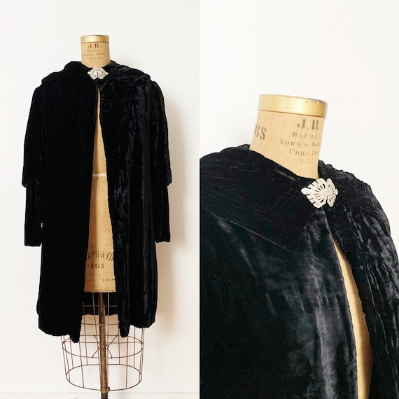 1930s / 30s Vintage Black Silk Velvet Hooded Coat