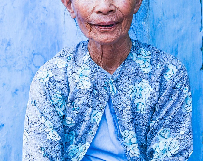 Hoi An prints, Vietnam prints, Vietnamese woman, limited edition print, photographic print, travel prints, gifts for her, blue prints, color