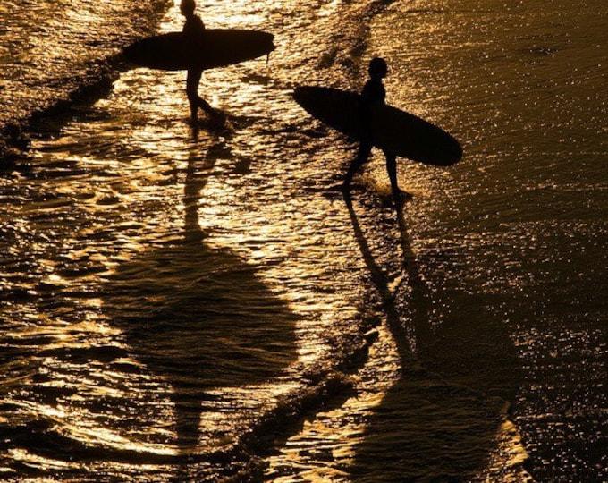 SURFERS SILHOUETTE BEACH Print