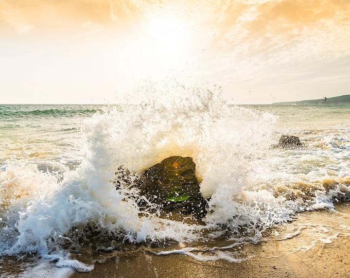 BREAKING WAVE ON Rocks Print