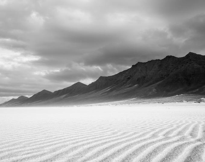 BLACK AND WHITE Landscape beach print