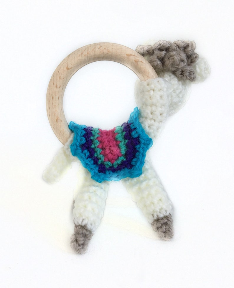 CROCHET PATTERN amigurumi alpaca rattle teething ring toy: Alpie Alpacazz