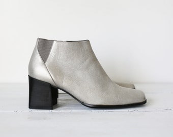 334c485fbeb 90s SILVER ANKLE BOOTS by Preferred Pazzo chunky heel booties size 8 1 2M