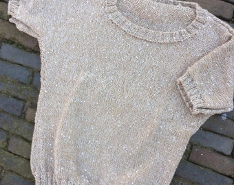 Girls sweater with sequins