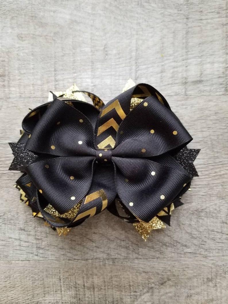 """Black White Damask Jeweled Hair Bow 4 1//2/"""""""
