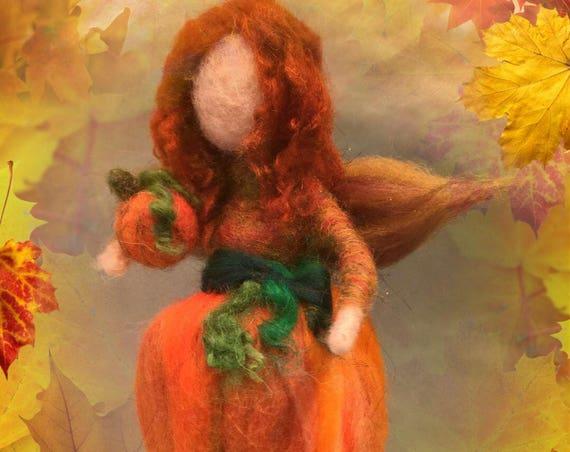 Needle felted pumpkin fairy, felted autumn fairy, felted fall fairy, pumpkin doll, Thanksgiving fairy, Halloween fairy, Waldorf fairy, magic
