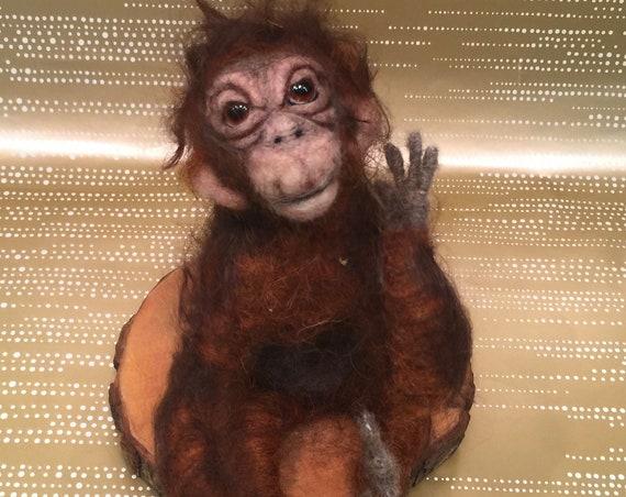 Needle felted orangutan, wool orangutan, felted orangutan, orangutan sculpture, orangutan figurine, orangutan doll, orangutan art, monkey