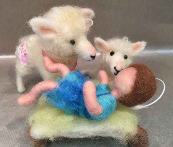 Needle felted nativity set, felted Jesus, wool nativity, needle felted nativity scene, needle felted lamb, needle felted sheep, Waldorf doll