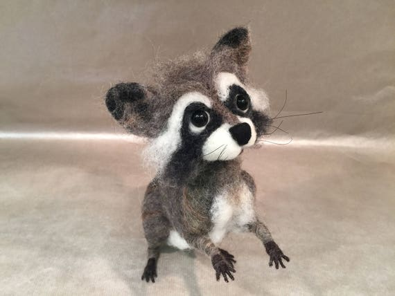 Needle felted raccoon, wool raccoon, raccoon art, raccoon doll, raccoon lovers, raccoon sculpture, Waldorf inspired, needle felted animal