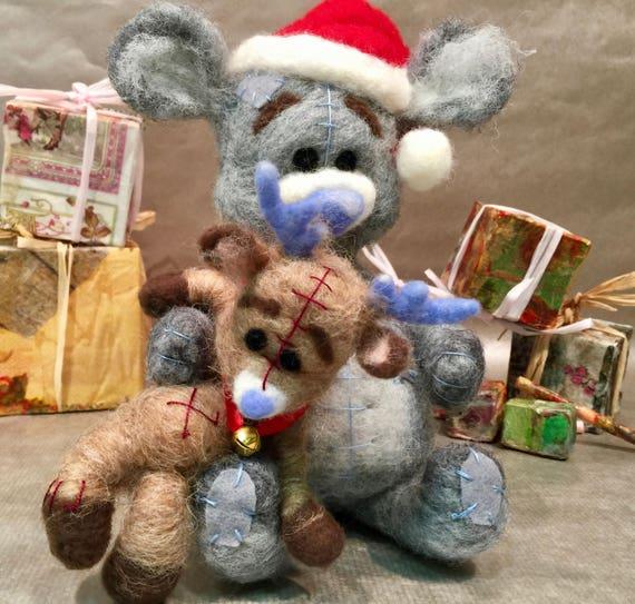 Needle felted Christmas, secret Santa, Christmas ornament, Christmas figurines, felted reindeer, felted bear, felted Christmas dolls