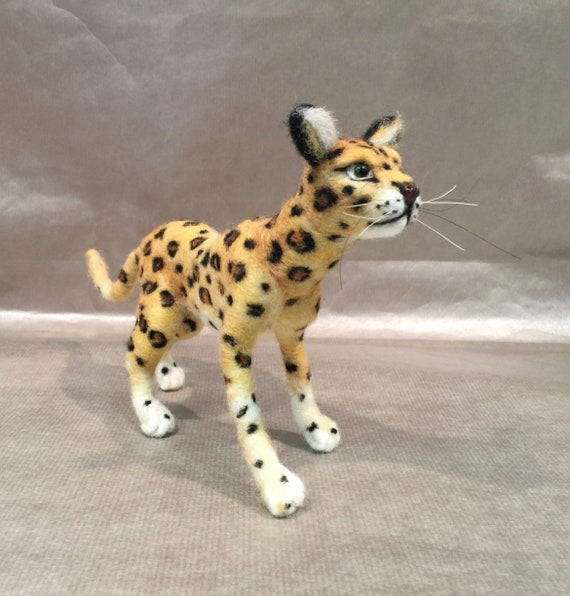 Needle felted leopard, wool leopard, leopard sculpture, leopard figurine, felted leopard art, animal fiber art, felted wild animal, leopard