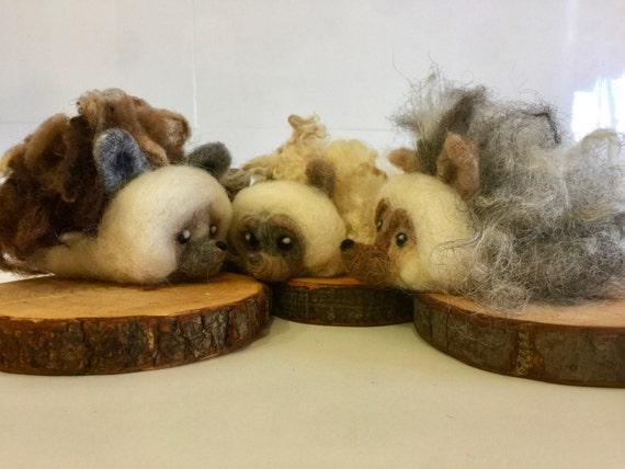 Needle felted hedgehog, felted hedgehog doll, felted winter animal, felted Valentines, hedgehog sculpture, felted woodland, hedgehog