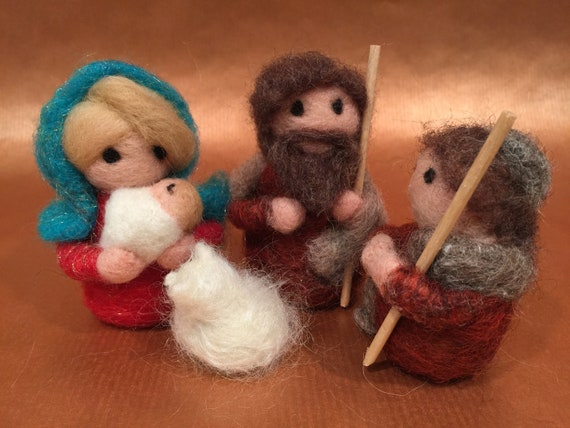 Needle felted nativity, nativity set, Waldorf nativity, wool nativity, nativity sculpture, nativity dolls, nativity art, nativity figurines