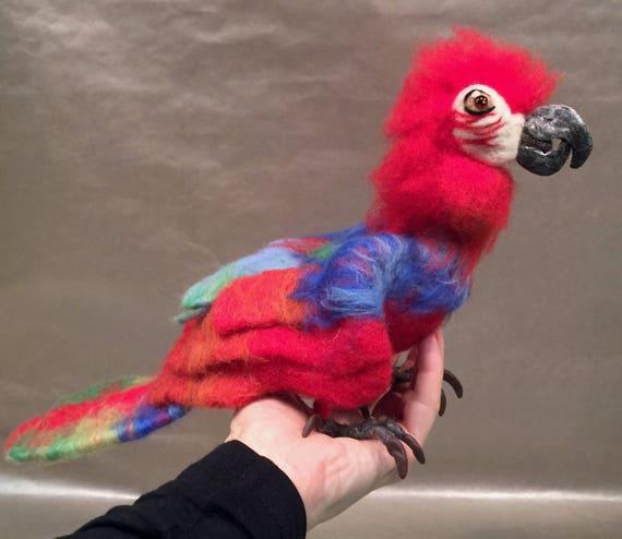 Needle felted parrot, parrot sculpture, parrot figurine, parrot art, wool parrot, felted parrot decor, parrot ornament, parrot figurine