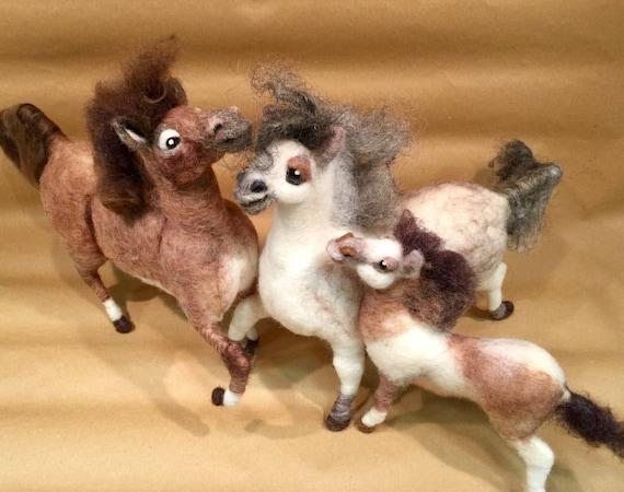 Horse lovers gift, equine art, horse sculpture, felt animal, horse ornament, animal figurine, wool animal, fiber art, Waldorf , home decor