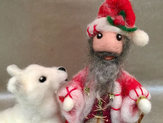 Needle felted Santa, felted winter, felted Christmas ornament,felted Christmas decor, wool Santa, Santa doll, Waldorf Christmas, wool Santa