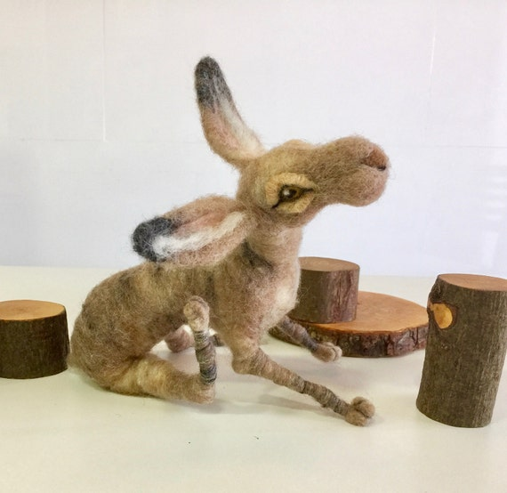 Needle felted hare, hare figurine, hare sculpture, felted rabbit, wool hare, hare ornament, hare doll, wool rabbit, felted forest, farm