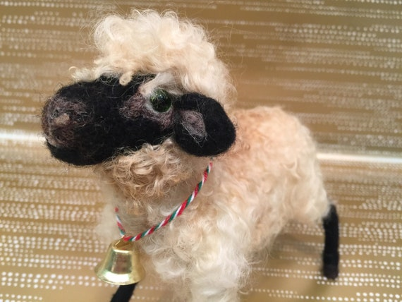 Needle felted sheep, sheep decor, sheep ornament, needle felted nativity, sheep art doll, wool sheep, sheep sculpture, sheep figurine