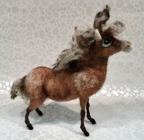 Needle felted pony, wool pony, pony figurine, pony sculpture, pony doll, pony ornament, pony decor, Waldorf animal, spring felted, horse