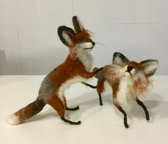 Needle felted foxes, foxes sculptures, foxes figurines, foxes dolls, woodland animals, woodland felted dolls, Waldorf animals, fox ornament