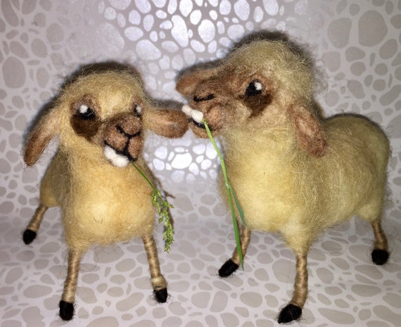 Needle felted sheep, wool sheep, sheep sculpture, sheep figurine, Easter ornament,sheep ornament, sheep doll, felted spring, farm animal