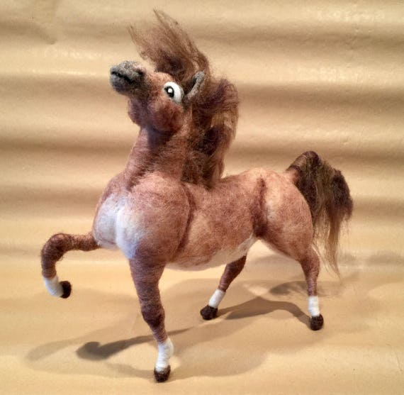 Needle felted horse sculpture, wool horse, horse figurine, horse ornament, Waldorf animal, needle felted farm animal, Waldorf horse, horse