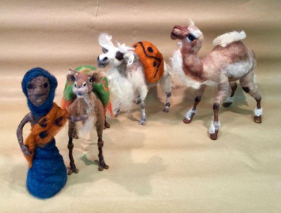 Needle felted nativity set, needle felted camels, nativity scene, Waldorf camels, nativity animals, nativity dolls, nativity dolls, Xmas