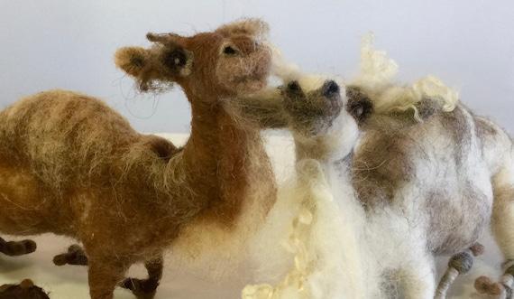 Needle felted nativity set, needle felted camel, camel sculpture, felted kings, camel doll, nativity animals, Xmas animals, Waldorf animals