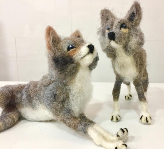 Needle felted wolf, felted wolves, wolf sculpture, wool wolf, needle felted dogs, wolf felted, Waldorf animal, animal felted, animal