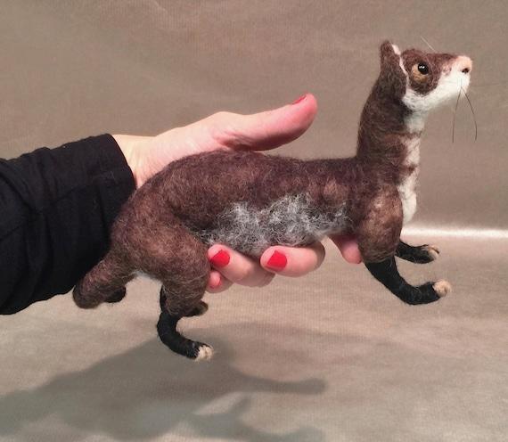 Needle felted ferret, ferret ornament, ferret sculpture, ferret decor, ferret figurine, ferret art, woodland animal, Waldorf animal, forest