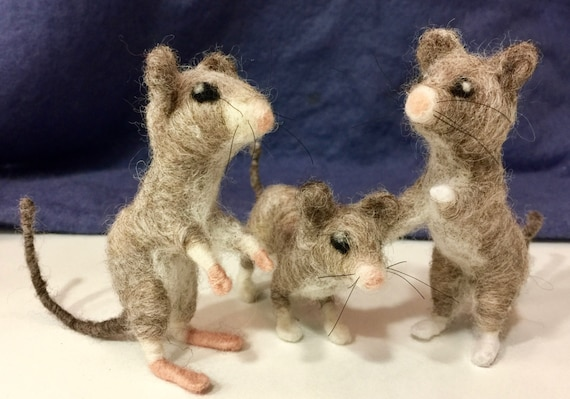 Needle felted mouse, needle felted mice, mouse decor, country animal, felted animal, wool mouse, wool mice, mouse ornament, mouse doll