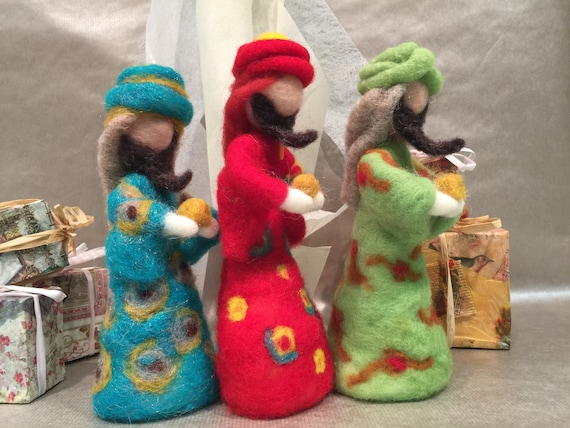 Needle felted wise men, the three kings, wool kings, wool nativity, nativity set, needle felted nativity, Waldorf nativity, wise men dolls
