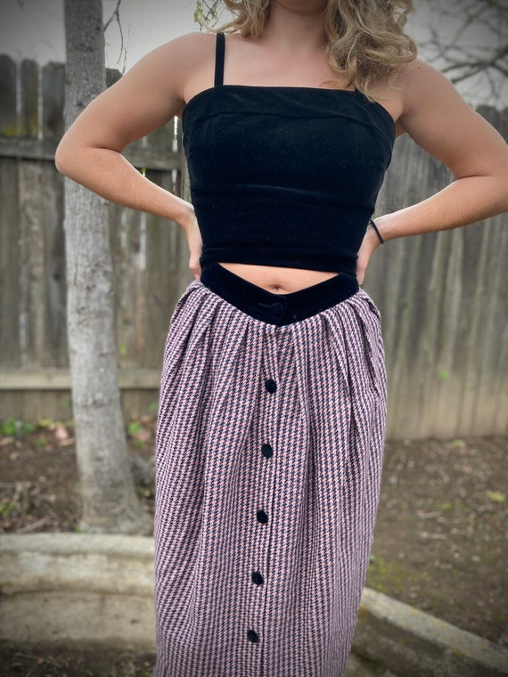 1930s Houndstooth Pencil Skirt • Front Button Skir