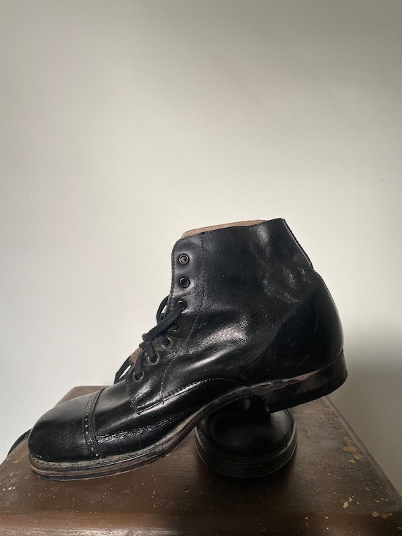 Vintage 1930s 1940s Deadstock Boys Work Boots
