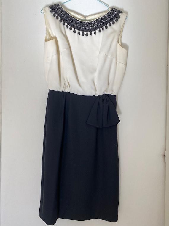 Vintage 1950s Elegant Wiggle Dress Haute Couture