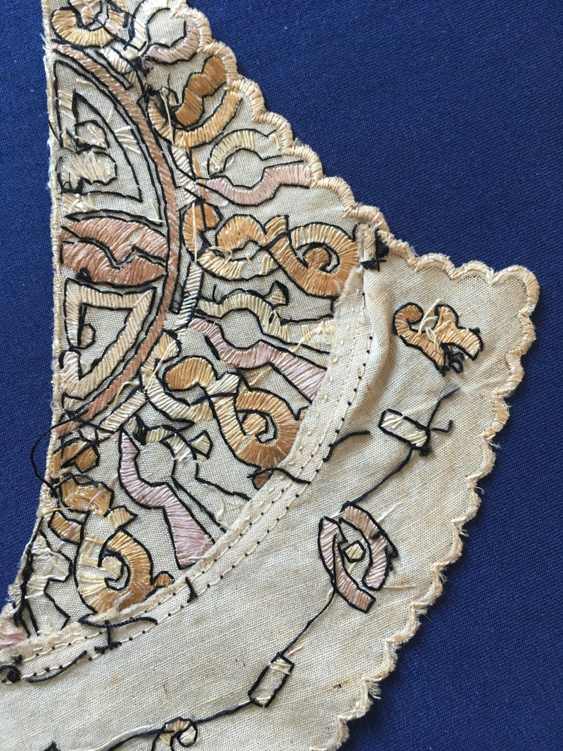 Special collar with embroidery 1909-1915 ca