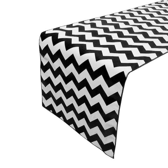 Zen Creative Designs Decorative Damask Table Top Runner Pink