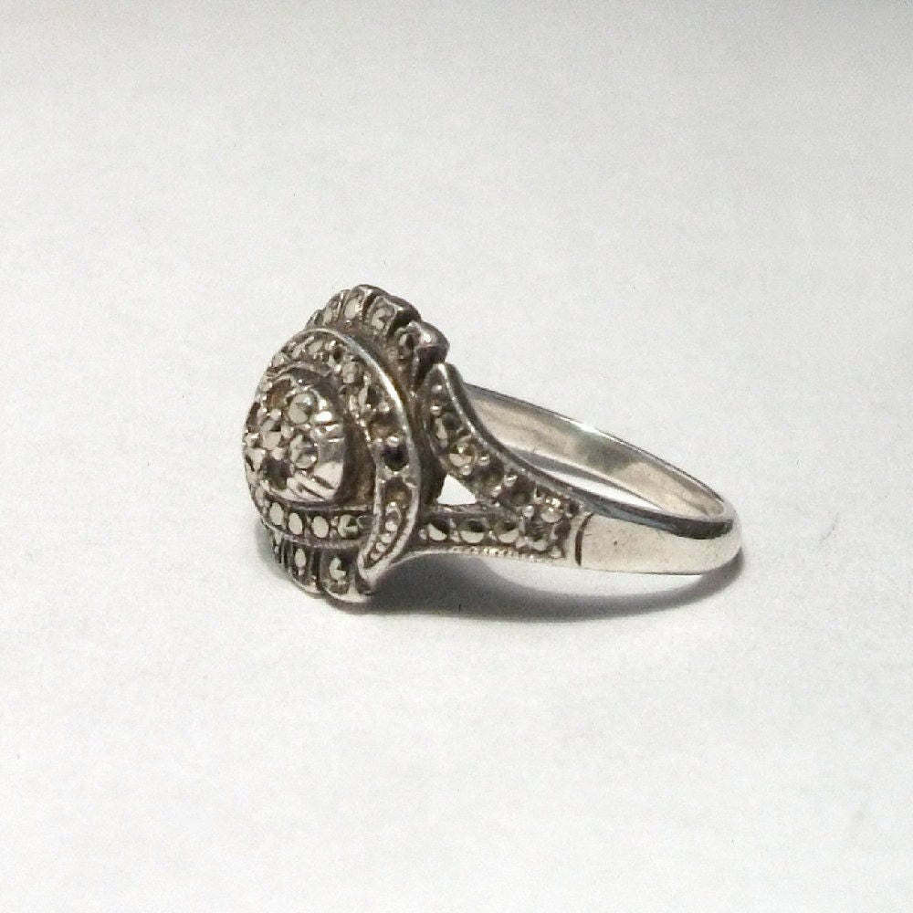 Esse Marcasite Sterling Silver Art Deco Folded Ribbon Ring Size S