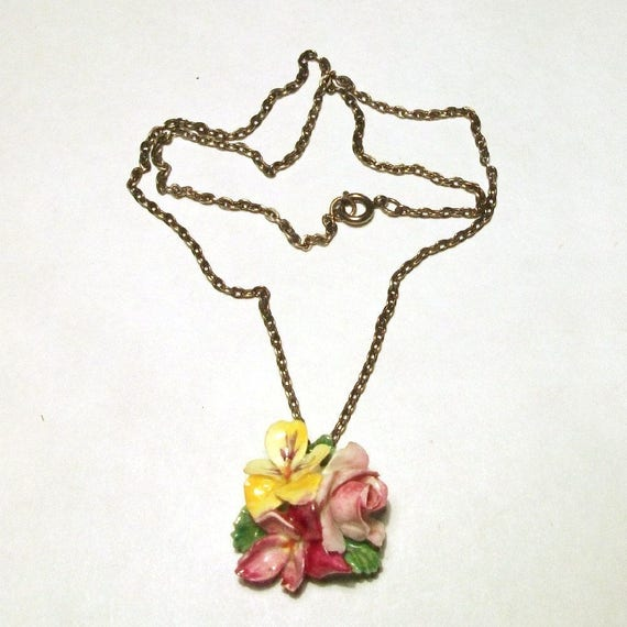 Porcelain Flower Pendant 1930s 40s Vintage Staffo… - image 6
